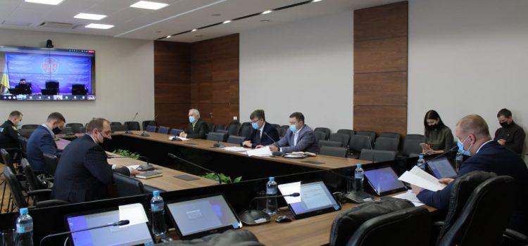 На засіданні регіональної комісії з питань ТЕБ і НС обговорили проблемні питання весняно-літнього періоду